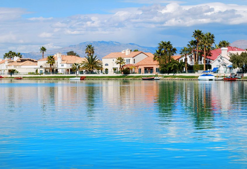 Beautiful waterfront homes in Desert Shores Las Vegas resembling Southern California lifestyle