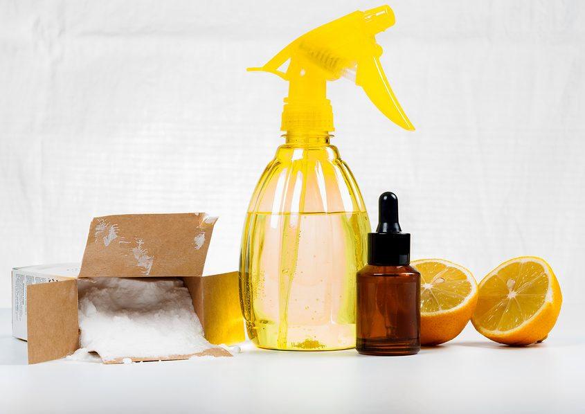 green cleaners - baking soda, lemon juice and vinegar